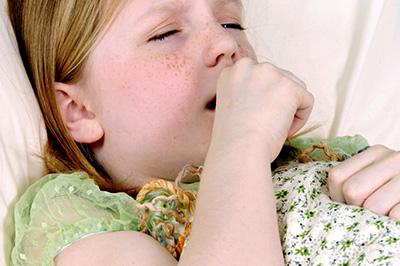 сильный кашель у девочки